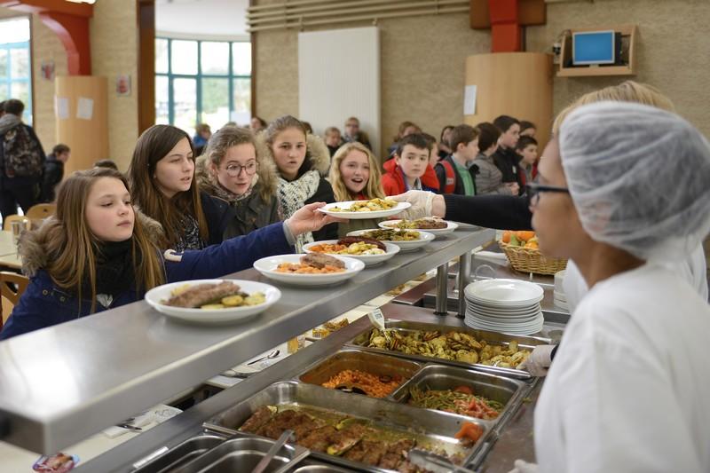 Restaurant scolaire coll ge saint jean et la croix au for Societe de restauration collective scolaire