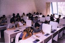 labo langues lycée Saint Jean et La Croix